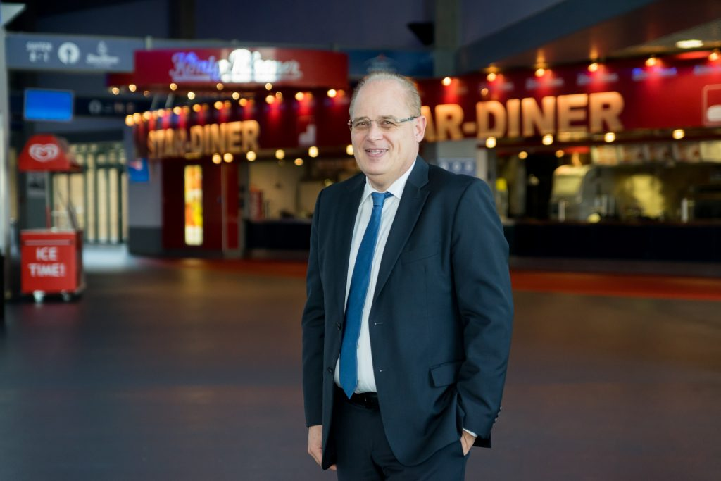HENRIK HÄCKER - General Manager