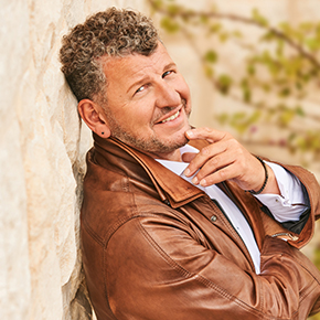 Porträt Semino Rossi kommt in die König-Pilsener-ARENA nach Oberhausen
